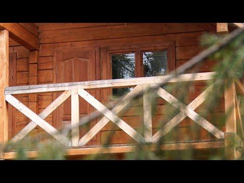Закарпатські лісівники продовжують будувати нові мисливські будиночки