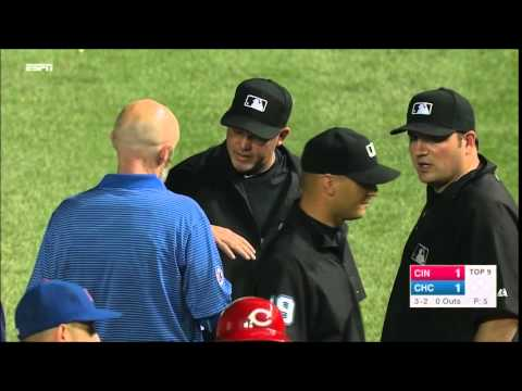 Aroldis Chapman accidentally Hits First Base Umpire From Wrigley Field's Bullpen