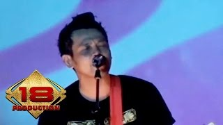 Download Mp3 Superman Is Dead  Sid  - Bukan Pahlawan  Live Konser Malang 1 April 2013