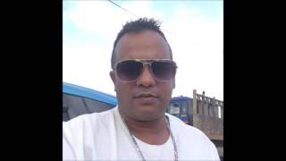 Apni Aankhon Mein Basa Kar