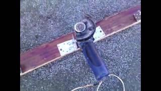 Самодельная виброрейка для бетона за 5 минут  из подручных материалов(Homemade vibrating screed)
