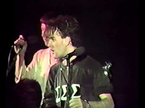 R.E.M. - Live at the Raleigh Underground (10th October 1982) (PRIVATE REMASTER)