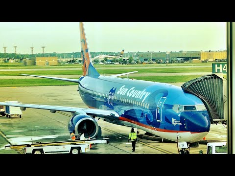I flew Minnesota's quirky little airline... SUN COUNTRY AIRLINES review