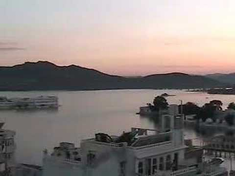 udaipur venice of the east Udaipur is the city of five lakes, lake pichola, fateh sagar lake, udai sagar lake, rajsamand lake and jaisamand lake did you know that it is also known as the 'venice of the east.