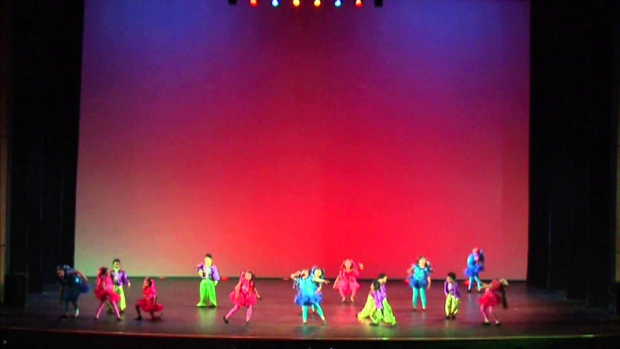 8 vídeos - La Primera Infancia Baila
