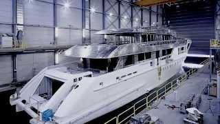 Heesen Yachts' Azamanta: Hull and Superstructure
