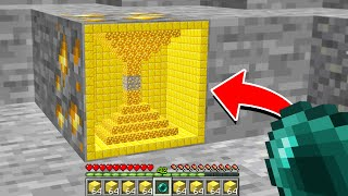 Minecraft But You Can Go Inside Any Ore!