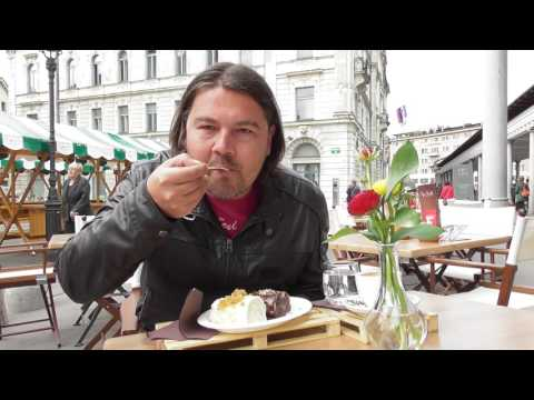 Rolled dumplings Ljubljana Slovenija/food challenge travel