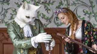 The White Cat, a fairytale photo shoot at Bouzov castle. By Baba Studio.
