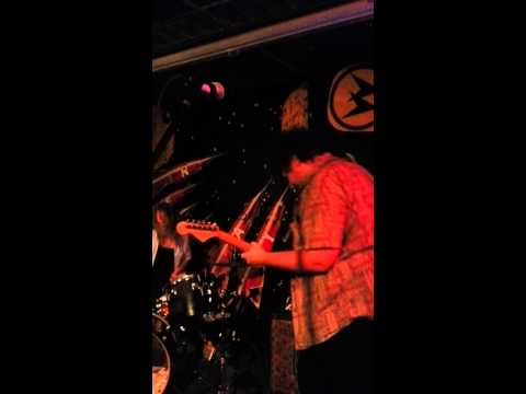 Bloodbirds live at Replay Lounge, 6-8-13 part 1/2