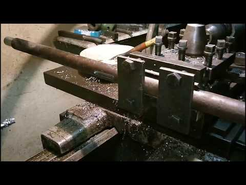 Cum se face un canal de pana pe strung  How to make a shaft keyway on lathe