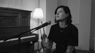 Смотреть клип Madeline Juno - Schatten Ohne Licht