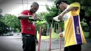 Смотреть клип Shelow Shaq - E' Que Toy Borracho