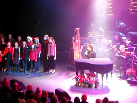 Barry Manilow - Because It's Christmas - 12/17/09 - YouTube