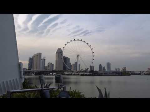 Singapore Flyer Zoom test by Sony Cybershot DSC-HX90V Digital Camera (30x Optical Zoom) - HD