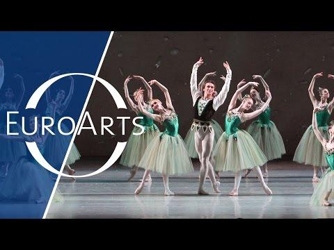 George Balanchine - Jewels (Ballett in three parts): Emeralds (1/3)   Mariinsky Ballet