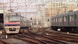 京成電鉄 高砂2号踏切・高砂駅 2013年8月 thumbnail