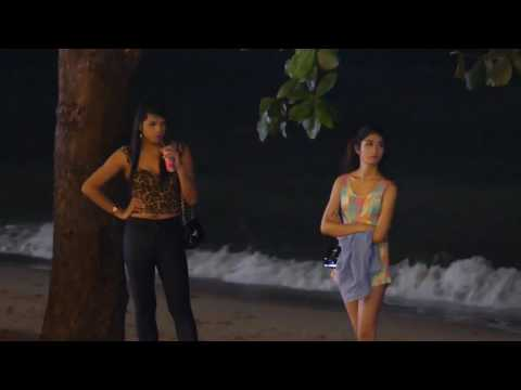 Pattaya-Beach Road -Thai Girls at Night-How much?500 baht!
