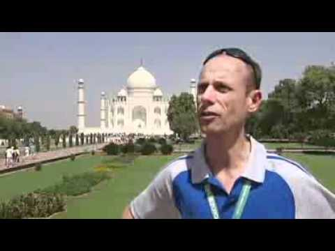 Athletes visit Taj Mahal