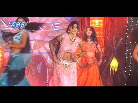 चोलिया में होता गुदगुदी - Bada Choli Me | Bhopu Dabawela Balmua | Kalpna | Live Stage Hot Dance