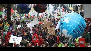 Weltklimakonferenz in Bonn: Tausende demonstrieren für einen sofortigen Kohleausstieg