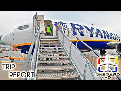 TRIP REPORT | RYANAIR | Blue LEDs In Old Cabin!? | London Stansted - Barcelona | Boeing 737