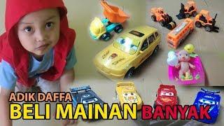 Download WOOOWWW.....ADIK DAFFA BELI MAINAN MOBIL-MOBILAN KEREN