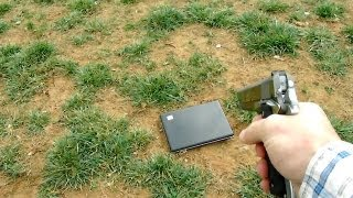 Vater erschießt Laptop seiner Tochter thumbnail