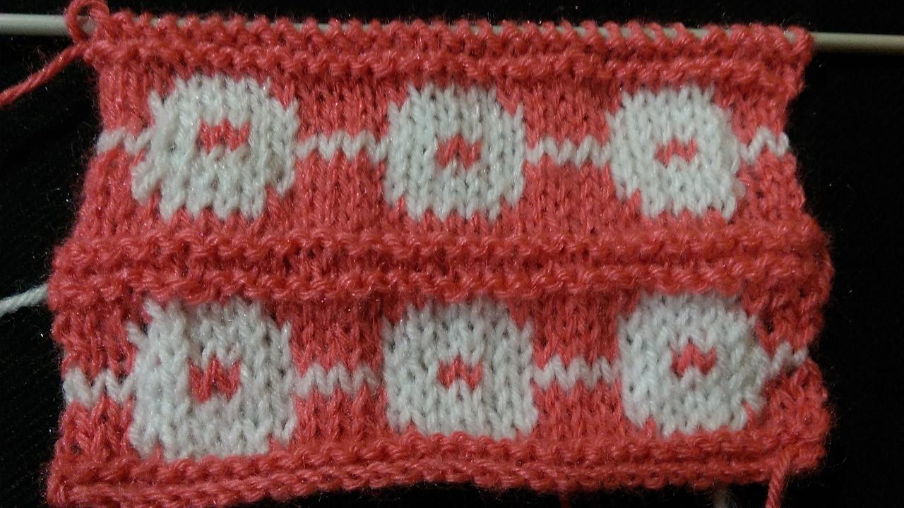 Baby design pattern in two colour | Baby Sweater ki Bunai | Easy ...