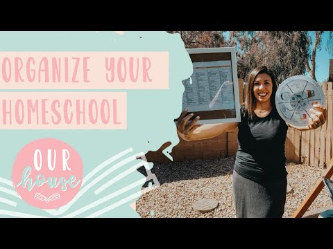 HOW TO ORGANIZE YOUR HOMESCHOOL DAY- ROUTINE/CHORES/CURRICULUM 2019