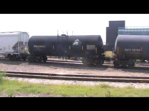 BNSF General Freight Tulsa, OK 5/22/16 vid 4 of 7