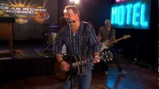 Pat Green performs  Wave On Wave  on the Texas Music Scene