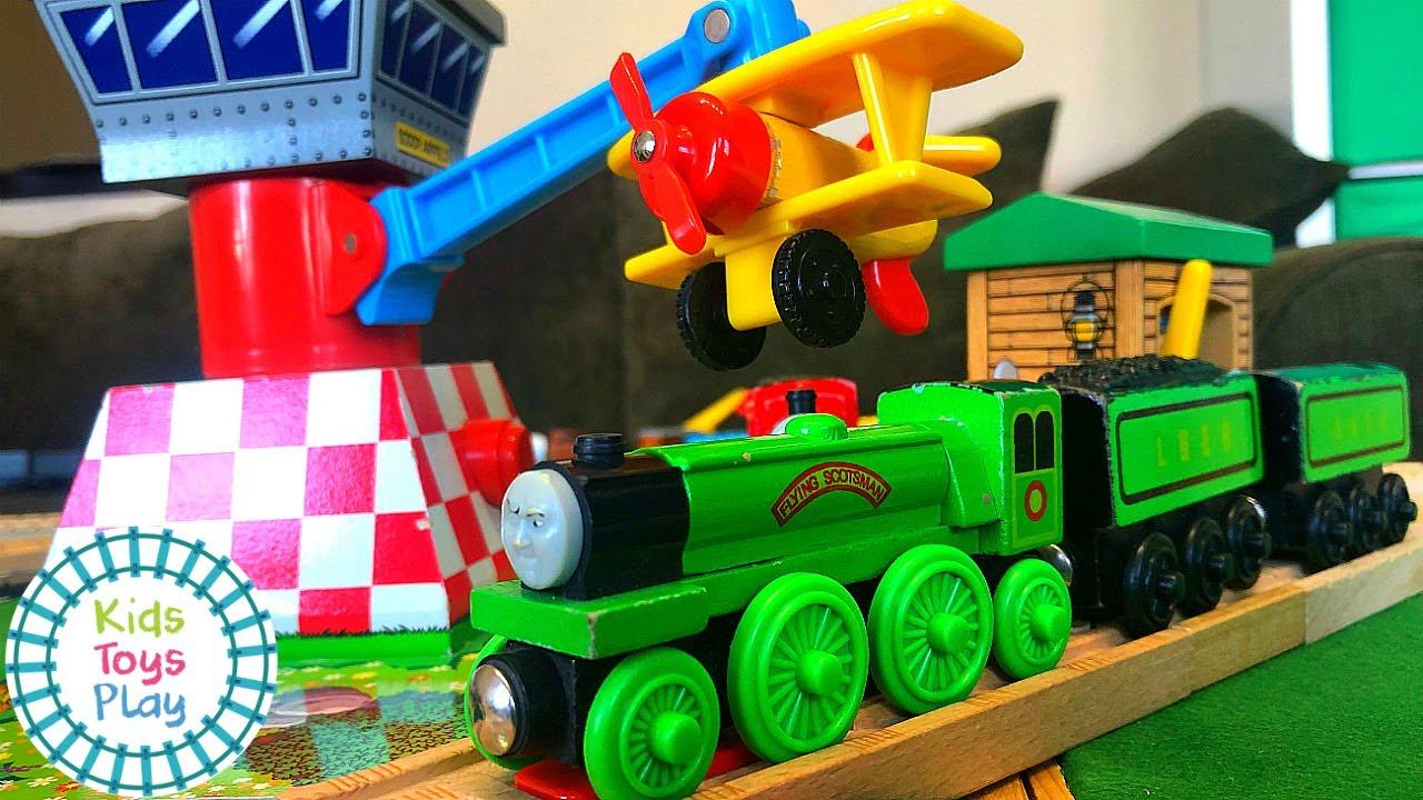 Thomas and the Magic Railroad Wooden Track Build | Thomas the Tank Engine