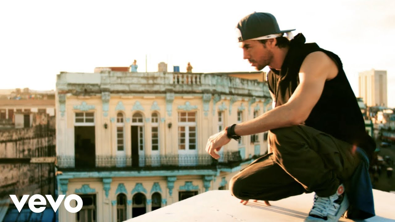 Enrique Iglesias - SUBEME LA RADIO (Official Video) ft. Descemer Bueno, Zion & Lennox youtube video statistics on substuber.com