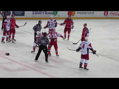 Hockey fight. Murshak vs Kraskovsky