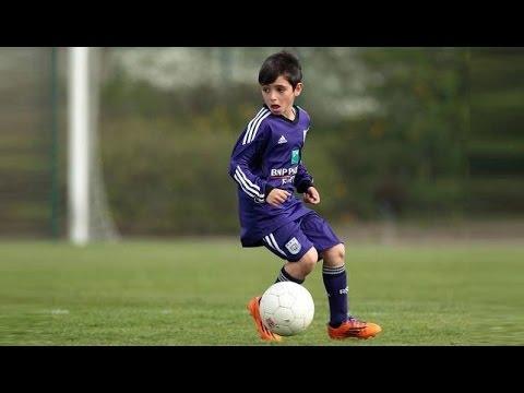 (Pietro) 9 ans petit prodige du football YouTube