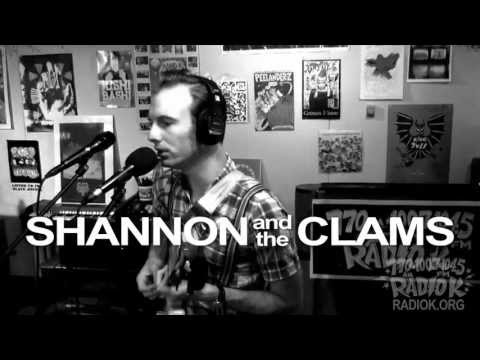 Shannon and the Clams -