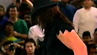 1993 02 22 Raw   Undertaker vs Skinner show runs out of time
