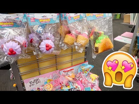 SO MANY SQUISHIES AT THE MALL! SHOPPING MALL VLOG