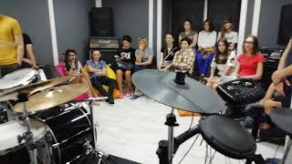 Открытый урок по барабанам в музыкальной школе Heart Studio