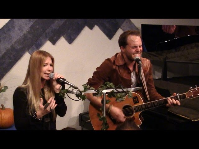 Flagship Romance - FEE FIE FOH FUM - Theta Sound Studio LIVE! - 11/1/2014