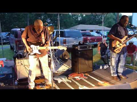 Amazing Grace by The Holmes Brothers @ Alonzo's Picnic 2012 mp3