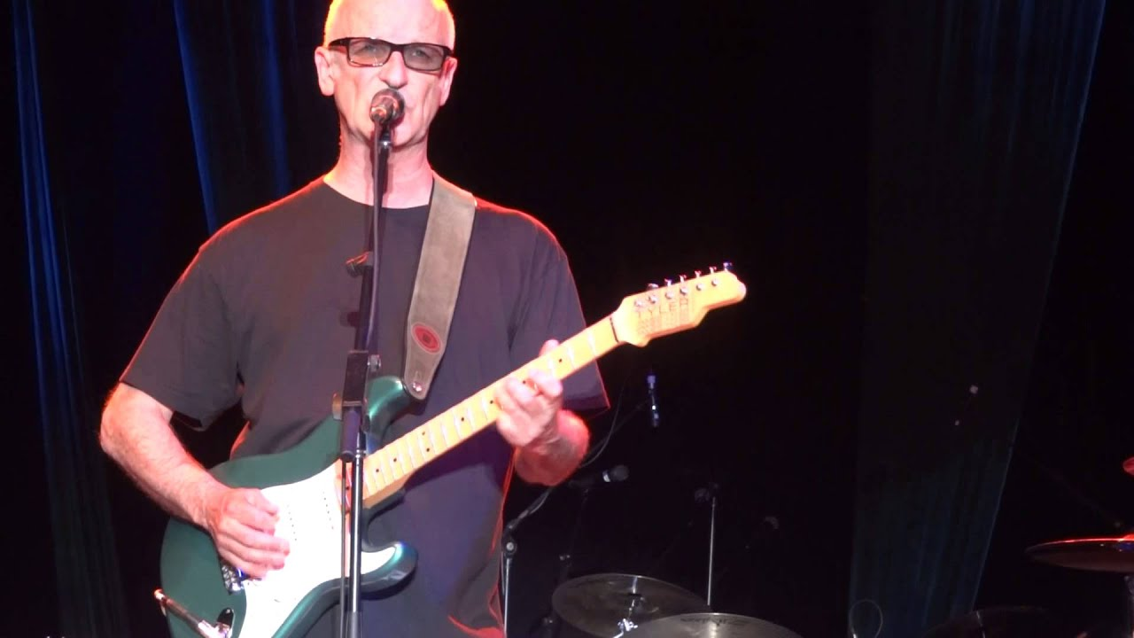 "Kim Mitchell ""Patio Lanterns"" Live Beaverfest 2013 Windsor ..."