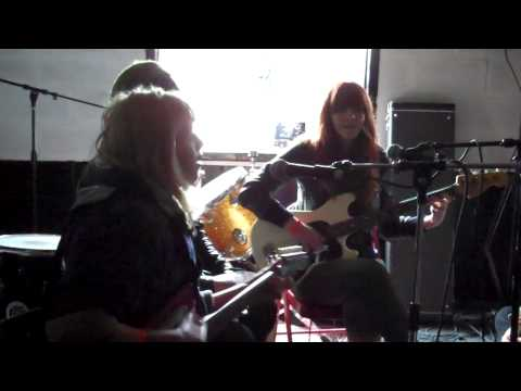 Vivian Girls - SXSW 2010 Cheer Up Charlies mp3