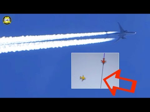 MUST SEE, VERY CLOSE: A340 meets B777 at 33.000ft over the Yellow Sea!!! [AirClips]