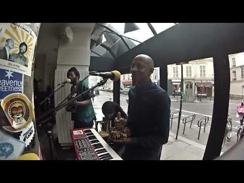 DjeuhDjoah & Lieutenant Nicholson • Live Session • LeMellotron.com