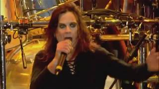 "Black Sabbath ""War Pigs"" Live at Ozzfest 2005"