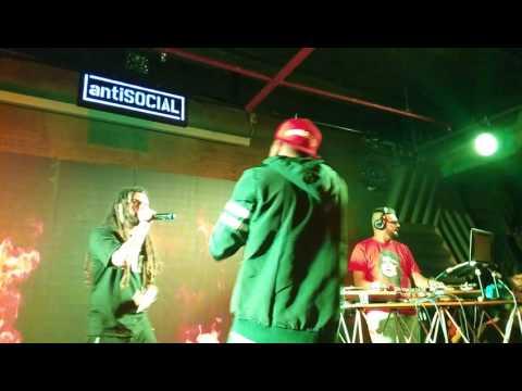Divine performing unreleased Rap song...