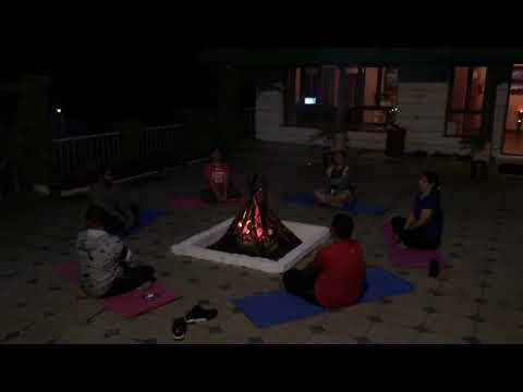 Fitness De Royale Organic County Camp fire meditation 2