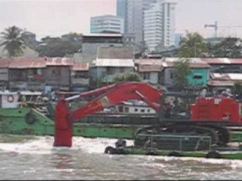Dredging of Pasig River 2009.wmv
